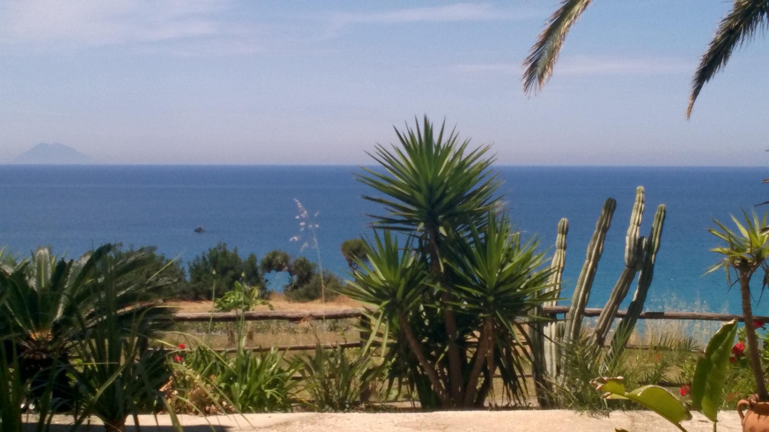 Visitare le Isole Eolie dalla Calabria: cosa fare, cosa vedere