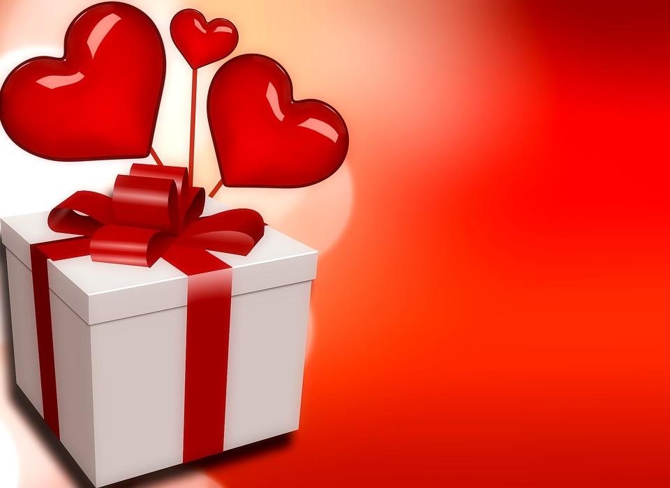 regalo ragazza per anniversario