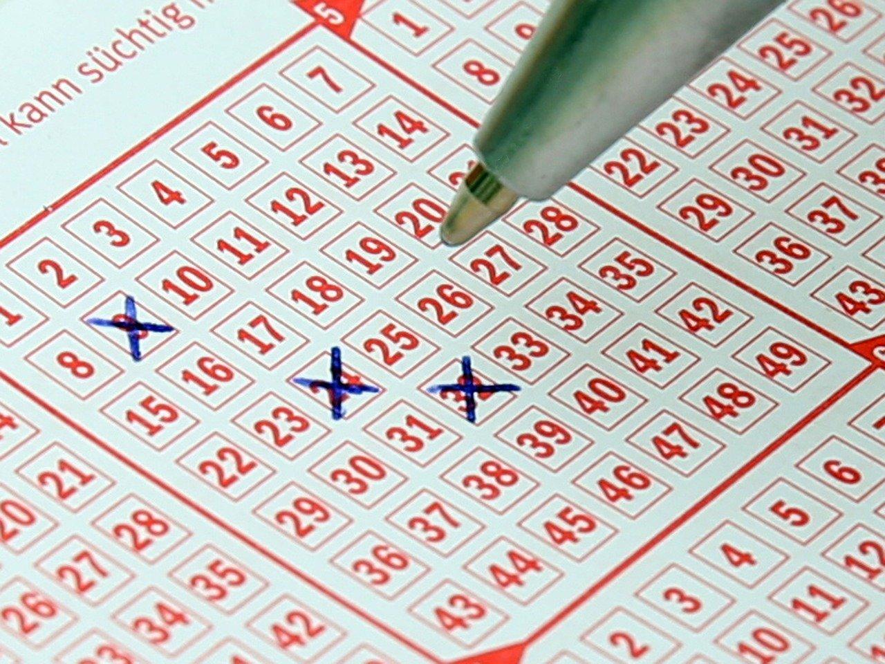 Estrazioni del Lotto di oggi, sabato 13 marzo 2021