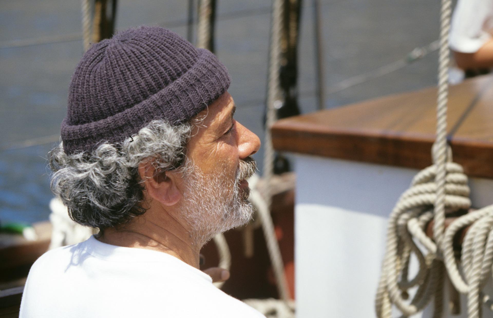 Storie di mare: torna a casa dopo quattro anni passati in solitaria su una nave.